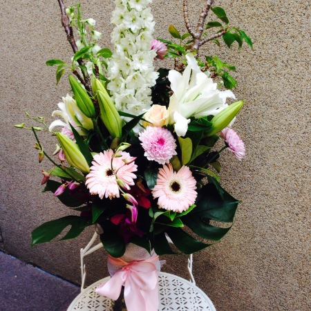 Deluxe Mixed Arrangement in Vase